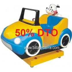 Infantil perro en coche